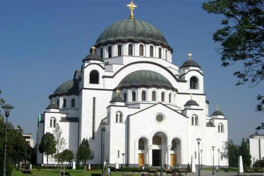 Patrijarh smijenio sveštenstvo Hrama