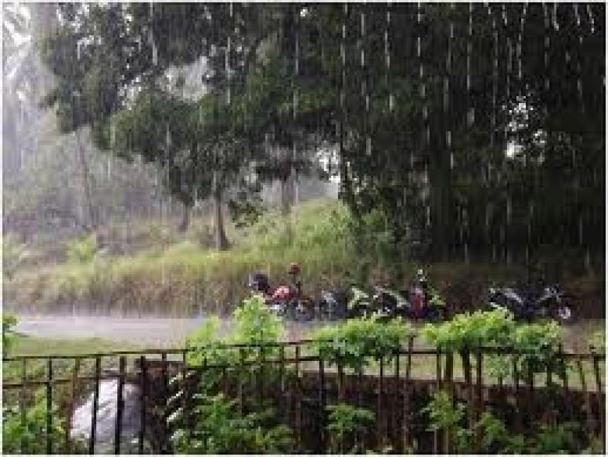 Neobično toplo, ali oblačno i kišovito