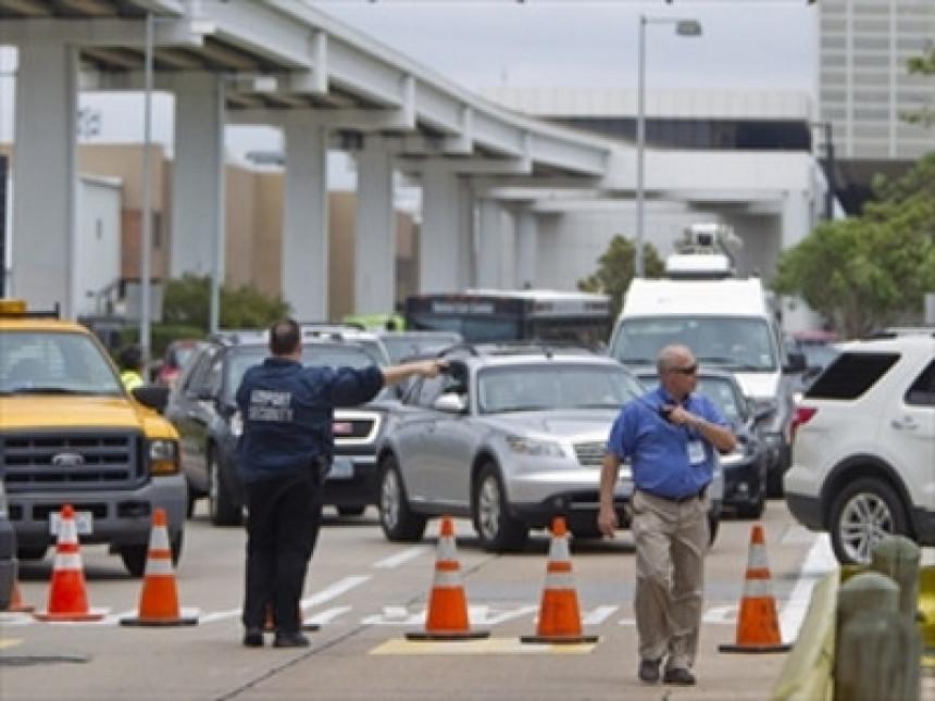 Pucnjava i samoubistvo na aerodromu u Hjustonu