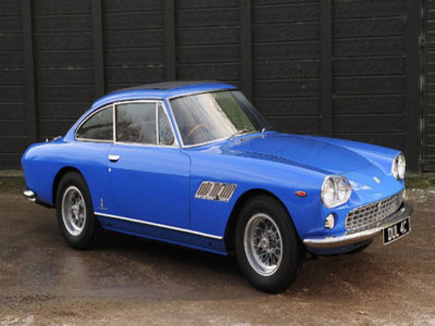 Prvi automobil Džona Lenona na aukciji u Engleskoj