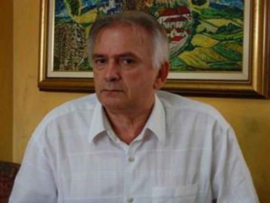 """""""Медијско анатемисање"""" Срба уочи Вучићеве посјете"""
