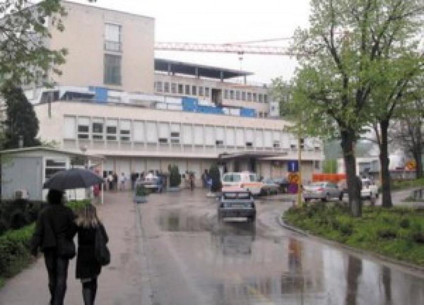 Tuzla: Žena ranila dva policajca