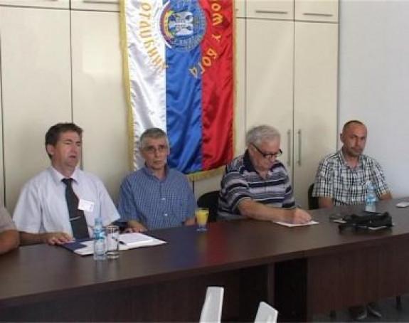 Zločince nad Srbima štiti Tužilaštvo (VIDEO)