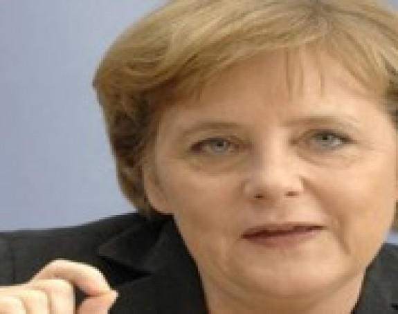 Merkel čestitala Nikoliću na pobedi