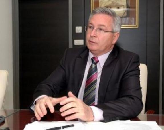 Gligorić pozvao Dodika da deponuje pasoš i ne bježi