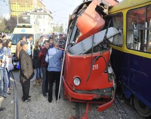 Sarajevo: Stravičan sudar dva tramvaja