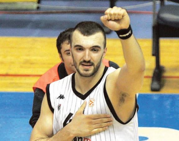 Peković došao da podrži crno-bele