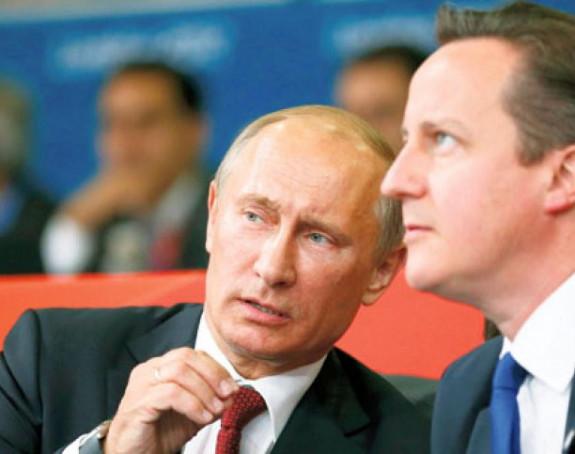 Putin i Kameron: Mirnim putem do rješenja