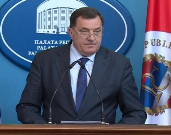 Dodik ne zna za tužbu Serdarova