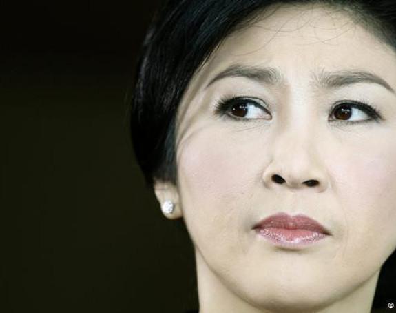 Tajland: Uhapšena bivša premijerka