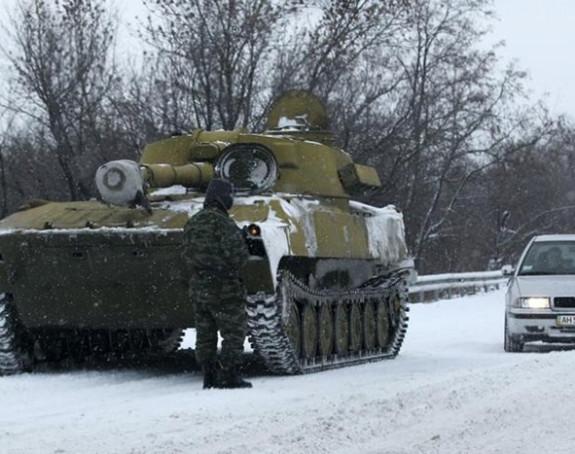 Donjeck i Lugansk povlače oružje?