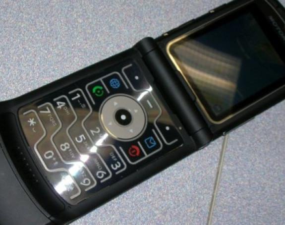 Zbog ovoga su stari mobilni telefoni ponovo u modi!