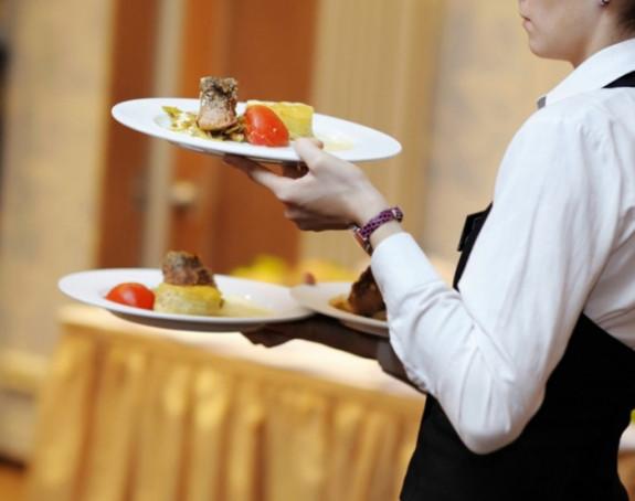 Austriji potrebni konobari i kuvari!