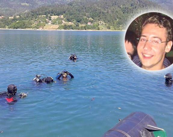 Pronađeno tijelo utopljenog pilota!