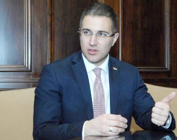 Stefanović: Narednih dana moguć dogovor