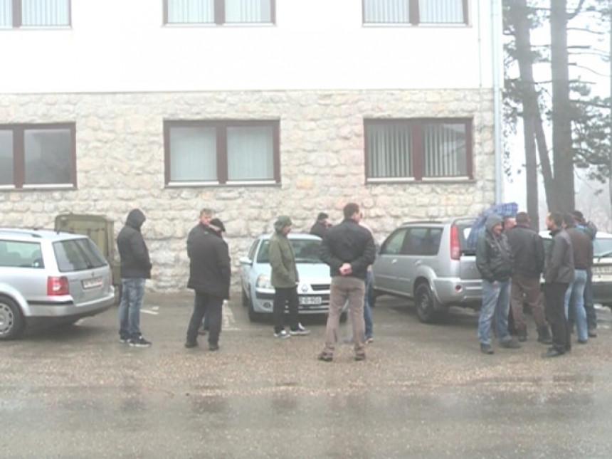Okupacija Kneževa, prijetnje ekipi BN TV!