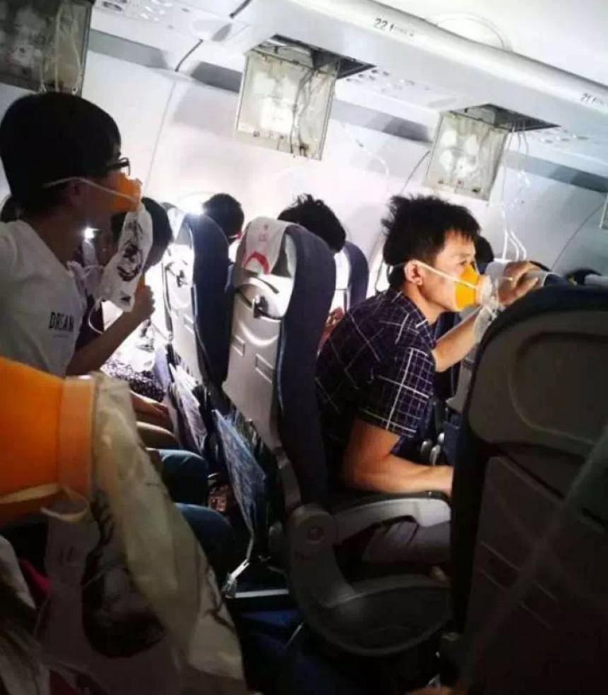 Pilot visio kroz razbijeni prozor