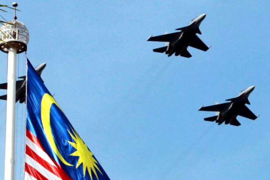 Nestao malezijski vojni avion