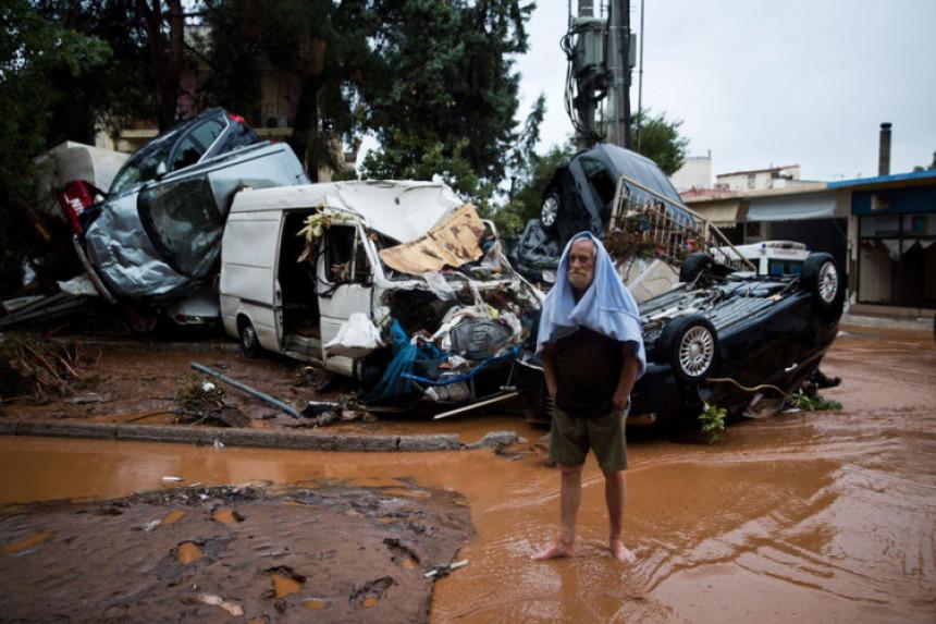 Poplave u Grčkoj: Stradalo 14 osoba