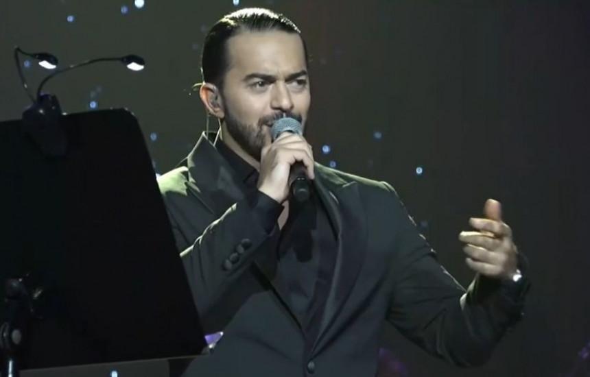 Adil održao koncert u Sava centru, brojne kolege ga podržale!