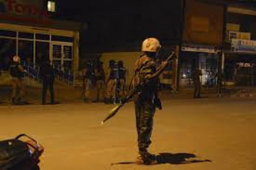 Ubijeno oko 20 osoba, 126 talaca oslobođeno