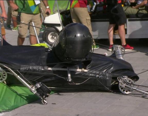 Povrijeđene četiri osobe u padu kamere