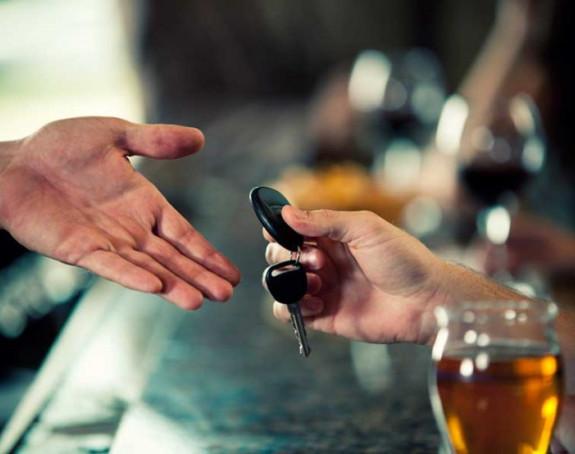 Alarmantno: Za volanom sve više pijanih lica
