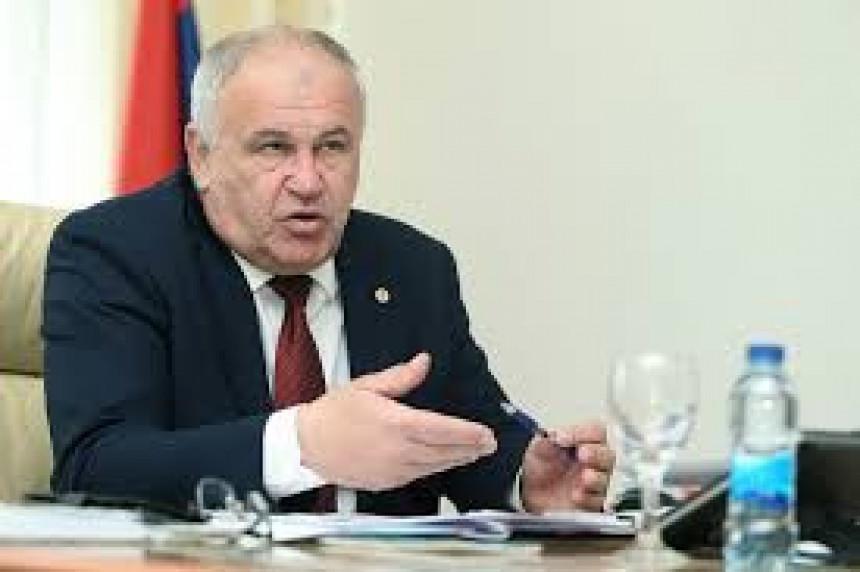 Da li se ukida Opšti kolektivni ugovor u Srpskoj?