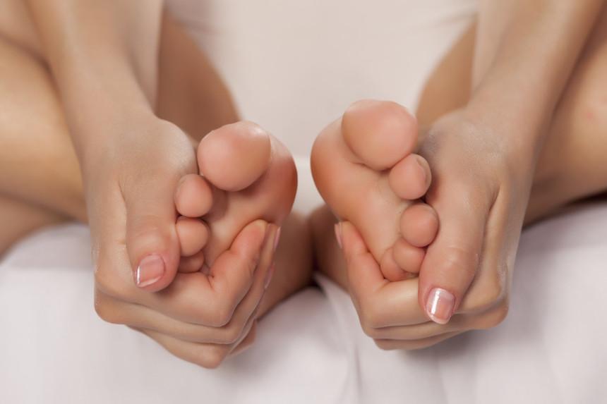 Oporavite umorna stopala