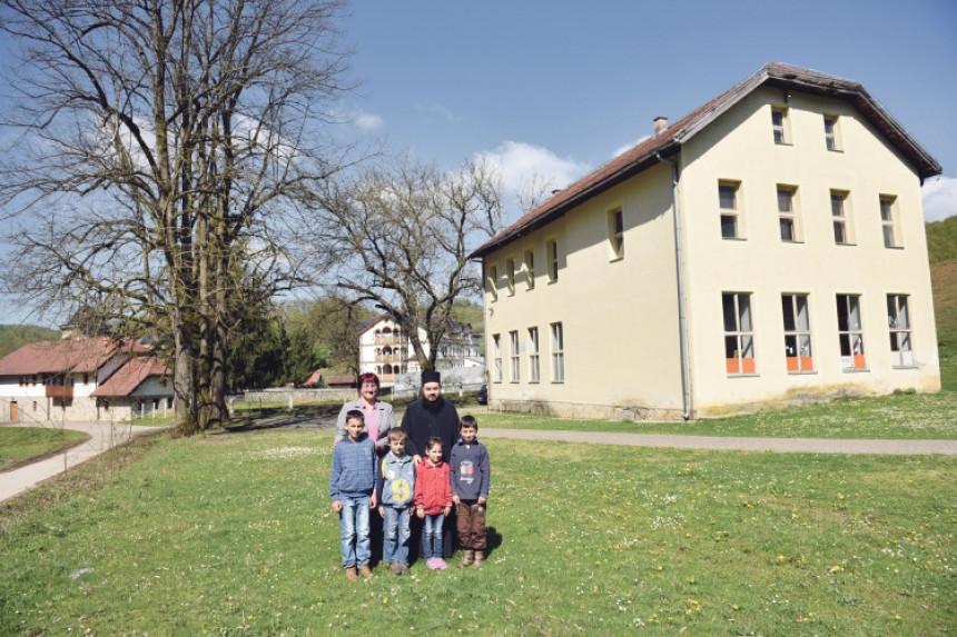 Borba: Kočićevoj školi prijeti zatvaranje