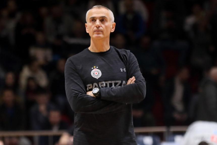 Sa klupe Partizana u tim Miloša Raonića!