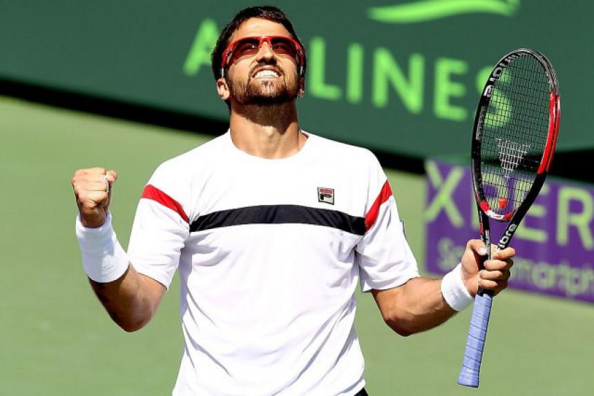 Tipsa uništio Fonjinija za 1/4-finale zadnjeg turnira karijere!