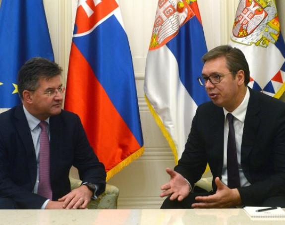 Vučić zabrinut zbog dešavanja na sjeveru Kosova