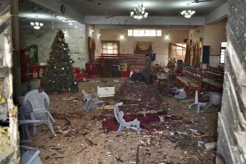 Osam mrtvih u napadu na crkvu