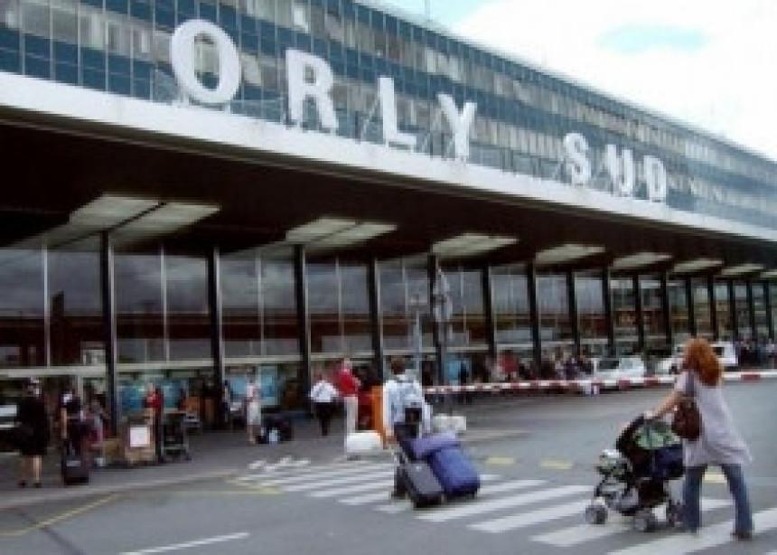 Ubijen muškarac na aerodromu u Parizu