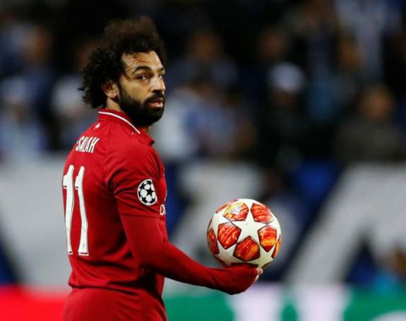 Puklo na Enfildu, Salah zatražio transfer!