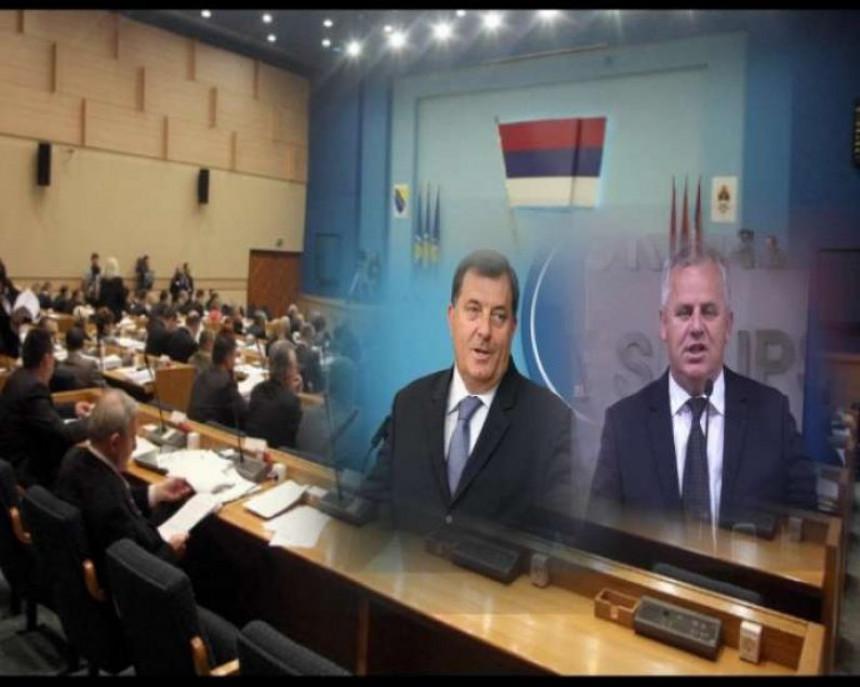 Dodik priznao da kupuje poslanike