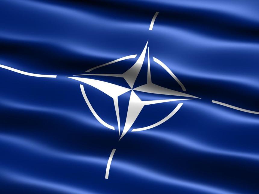 NATO: Ne tjeramo nikoga u Savez