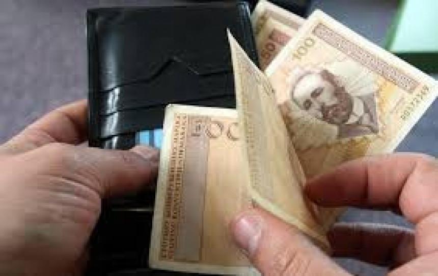 Nezakonita isplata plata direktorima u javnim ustanovama