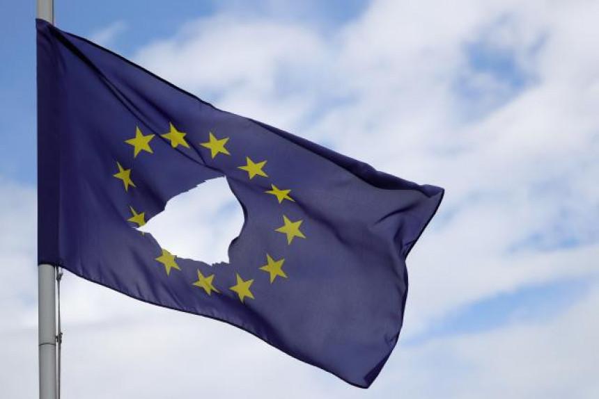 Европа не зна шта ће са двојицом лидера