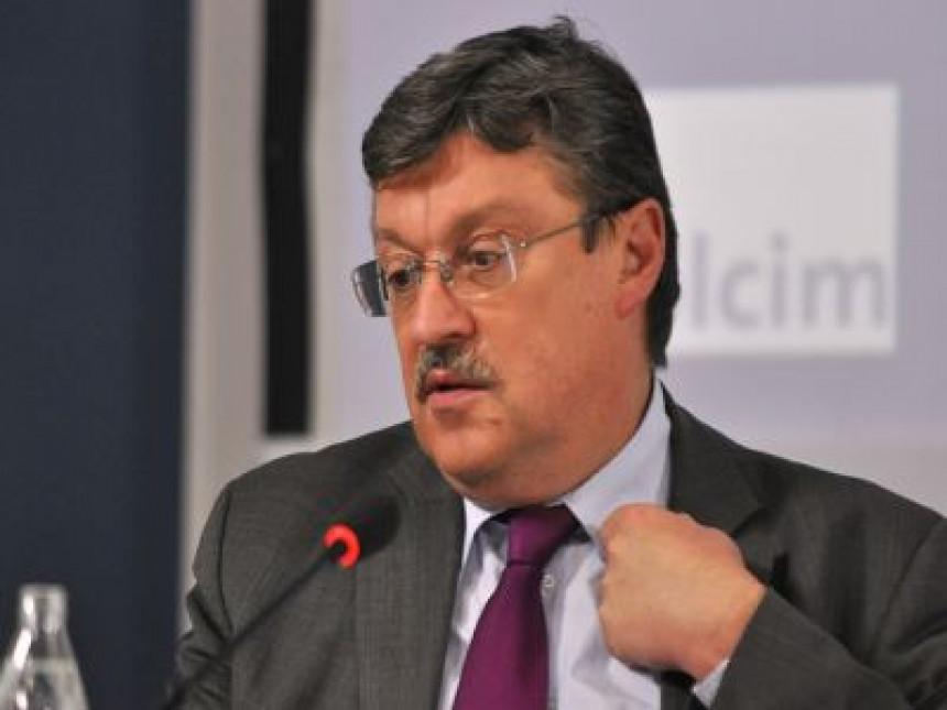 Simić: CDU ni da čuje za datum Srbiji!
