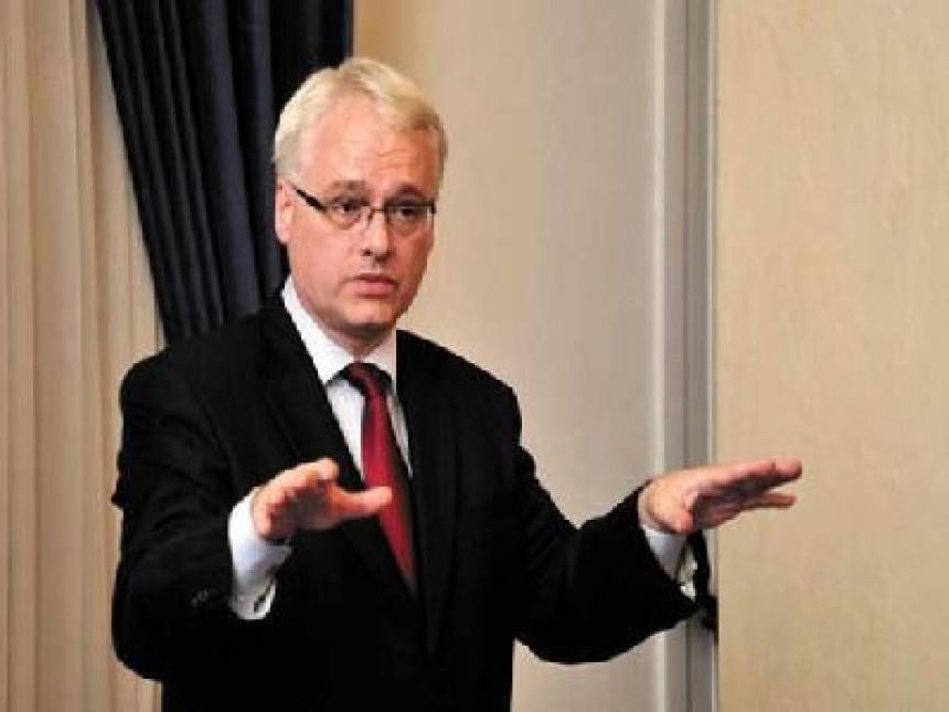 Josipović i Leko bez komentara