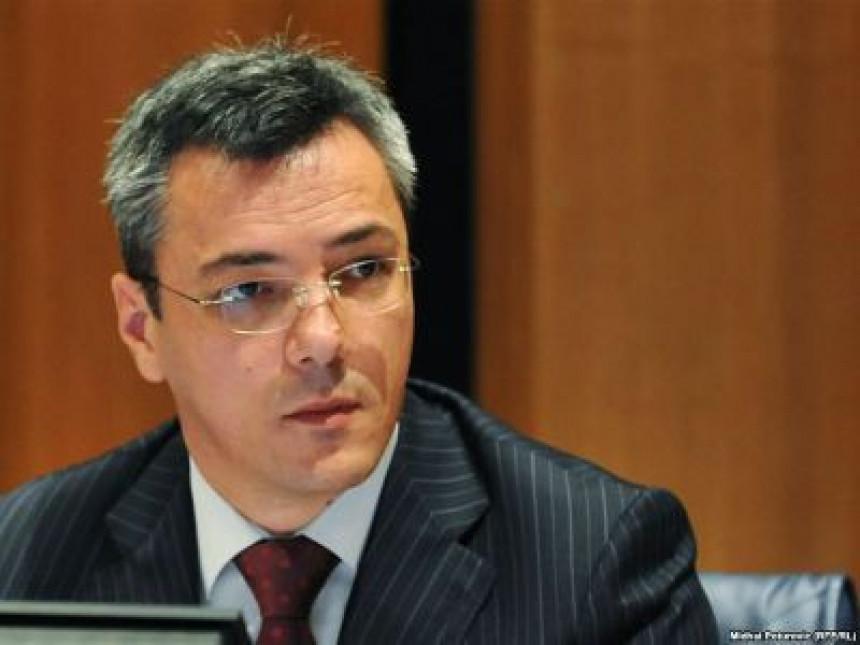 Tadić: Republici Srpskoj trebaju promjene