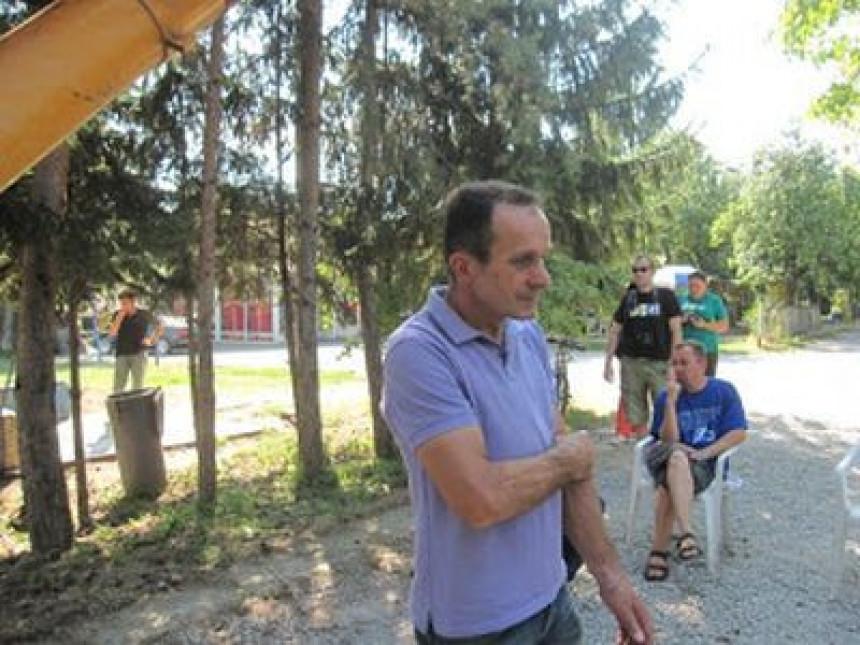 "Vulići dobili prvu bitku protiv ""Grand trejda"""