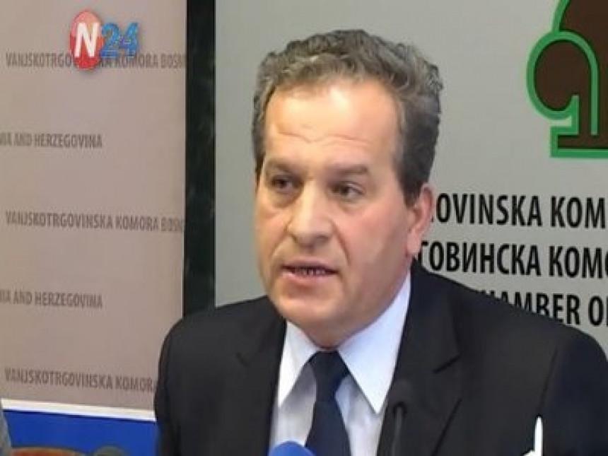 Pristrasnost prema Hrvatskoj, BiH u neizvjesnosti