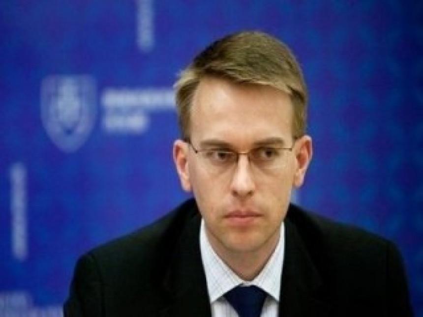 Stano: Netačno da je Brisel tražio ostavku Ðukanovića