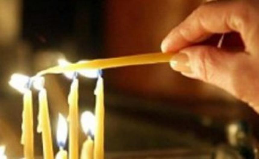Prislužene svijeće u Staroj crkvi na Baščaršiji