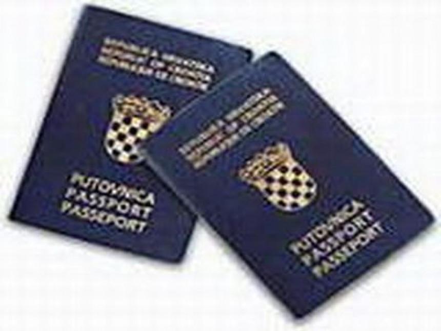 Bosanski Hrvati sa spakovanim koferima (VIDEO)