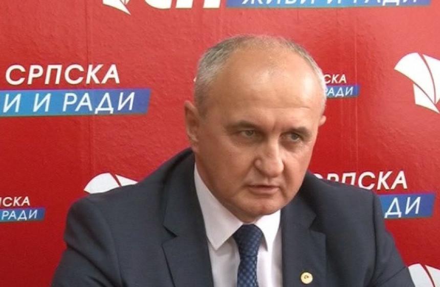 """""""Ostavka Dodika ako odgodi referendum"""""""