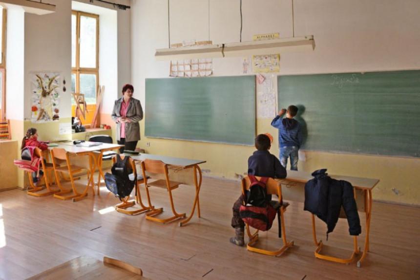 Prazne učionice u Srpskoj: Sve manje đaka